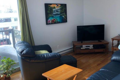 Big, beautiful, sunny, very clean quiet – Place Renaud very sought after location  alouer.ca