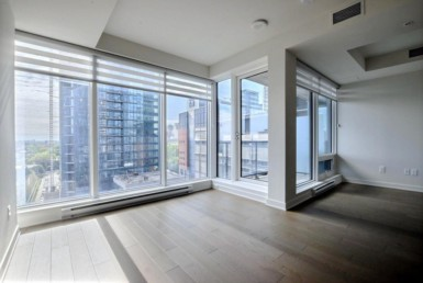 Luxurious loft style one bedroom condo in the renowned Tour des Canadiens building- Available NOW!  alouer.ca